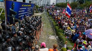 Thailands Regierungsgegner geben nicht auf