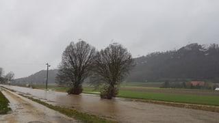 In den Alpen wurden rekordverdächtige Niederschlagsmengen gemessen. Die Details finden Sie hier.