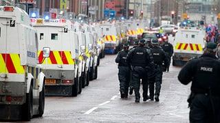 Krawalle in Nordirland: Verletzte und Festnahmen