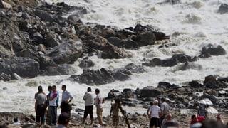Erdrutsch in Nepal: Dammbruch bedroht weiterhin Zehntausende