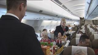 Video «Dringend gesucht: Flight Attendants und Piloten » abspielen