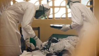 Schreckgespenst Ebola breitet sich aus