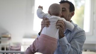 Die Stadt Luzern verdoppelt den Vaterschaftsurlaub