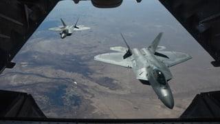 USA greifen Assad-treue Truppen an