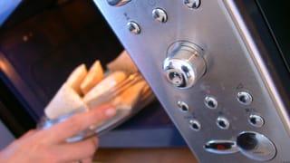 Nützliche Dinge, die man mit der Mikrowelle machen kann (Artikel enthält Bildergalerie)
