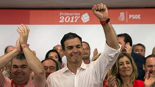 Rajoys politischer Gegner Pedro Sánchez ist ein Hardliner. Hier erfahren Sie mehr über ihn.