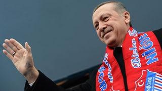 Erdogan droht mit Verbot von Facebook und Youtube