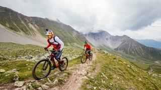Grischun Vacanzas fa reclama cun star da mountainbike