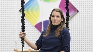 Claudia Comte bringt Quadrate und Linien in Schwung