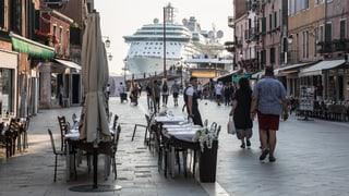 Venedigs Bürger stemmen sich gegen die Touristenströme: Wie lebt man mit Tausenden von Touristen?