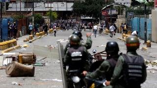 Oppositionelle wollen Venezuela lahmlegen