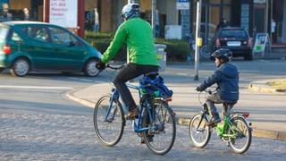 Für Velofahrerer soll Rechtsabbiegen bei Rot erlaubt werden