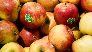 Verkauf von Bioprodukten bei Coop im Hoch