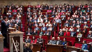 Französisches Unterhaus will Notstand in Verfassung verankern