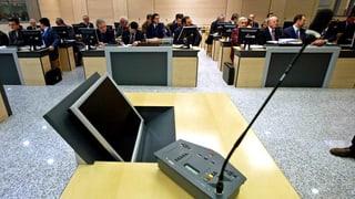 Mehrere Serben vor Gericht