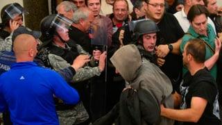 Chaos in Mazedoniens Hauptstadt Skopje: War die Wahl des Albaners Talat Xhaferi zum Parlamentspräsidenten ein «Putsch», wie seine Gegner sagen?