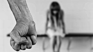 Blers uffants en Svizra vegnan vinavant malduvrads