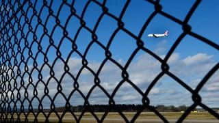 Fliegen könnte für Schweizer umständlicher werden