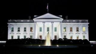 Derschader federal fraina scumond d'entrar en il pajais da Trump