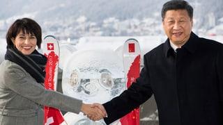 Xi Jinping avra il WEF ensemen cun Doris Leuthard