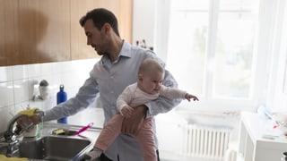 Väter schaukeln lieber Karriere als Kinder