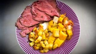 Roastbeef «Fleur d'Hérens» mit Thymian-Brat-Kartoffeln und Gemüse