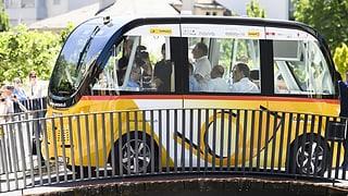 Kollision: Testbetrieb mit führerlosen Postautos unterbrochen