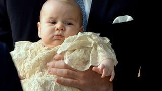 Baby George: Mit fünf Monaten mit Papa ins Fussballstadion
