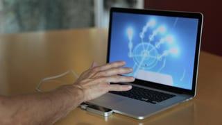 Den Computer mit blosser Hand steuern