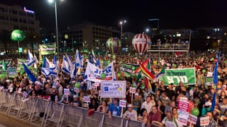 Gross-Demo gegen Netanjahu