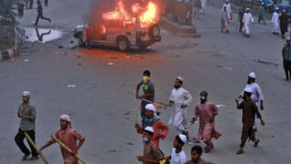 Tote bei Strassenschlachten in Bangladesch