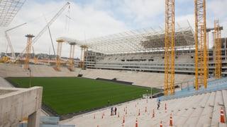 Nach Unfall: In Brasilien stehen alle WM-Kräne still