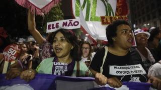 Zehntausende demonstrieren gegen Präsidentschaftskandidaten