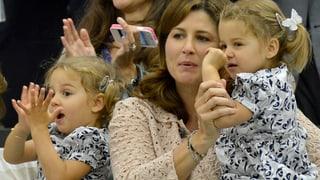 In Papas Fussstapfen: Federer-Zwillinge nehmen Tennis-Stunden