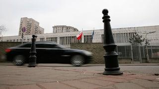 Diplomaten müssen reihenweise Koffer packen