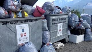 Ussa guarda Regiun Bernina dal rument da Poschiavo e Brusio