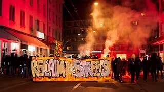 Belohnung für Hinweise zu Gewalttaten gegen Zürcher Polizisten