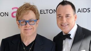 Mann und Mann – Elton John ist unter der Haube