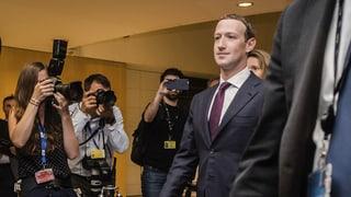 Auch EU-Parlament bringt Zuckerberg nicht ins Schwitzen