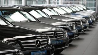 Vendita d'autos resta sin aut nivel