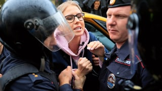 Moskauer Polizei nimmt erneut Hunderte Demonstranten fest