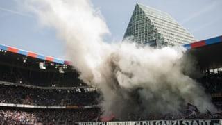 Basler Behörden veröffentlichen unverpixelte Bilder von Hooligans