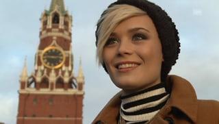 Miss in Moskau: Dominique sitzt im goldenen Käfig