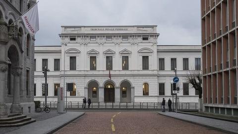 UBS-Datendieb zu 40 Monaten Haft verurteilt (Artikel enthält Audio)