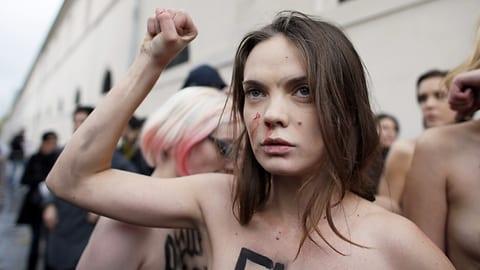 Femen-Mitgründerin tot in Pariser Wohnung gefunden (Artikel enthält Audio)