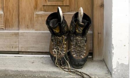 Wenn sich die Schuhsohlen selbständig machen  (Artikel enthält Audio)