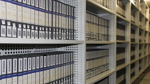 Er l'archiv dad RTR è in «dataland» (Artitgel cuntegn galaria da maletgs)