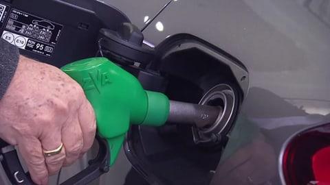 Autobranche verschleiert höheren Verbrauch (Artikel enthält Video)