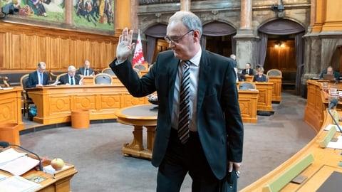 Schlechte Noten für Bundesrat Parmelin (Artikel enthält Video)