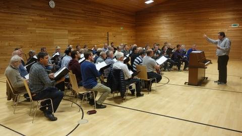 85avel da Gion Giusep Derungs cun concerts da giubileum (Artitgel cuntegn video)